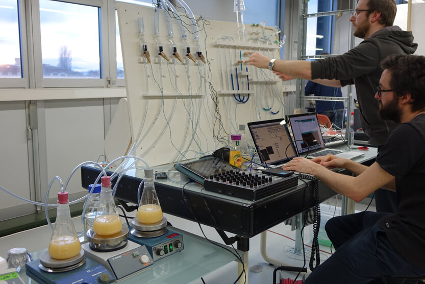 4.Developing the Living Instruments at Hackuarium copy