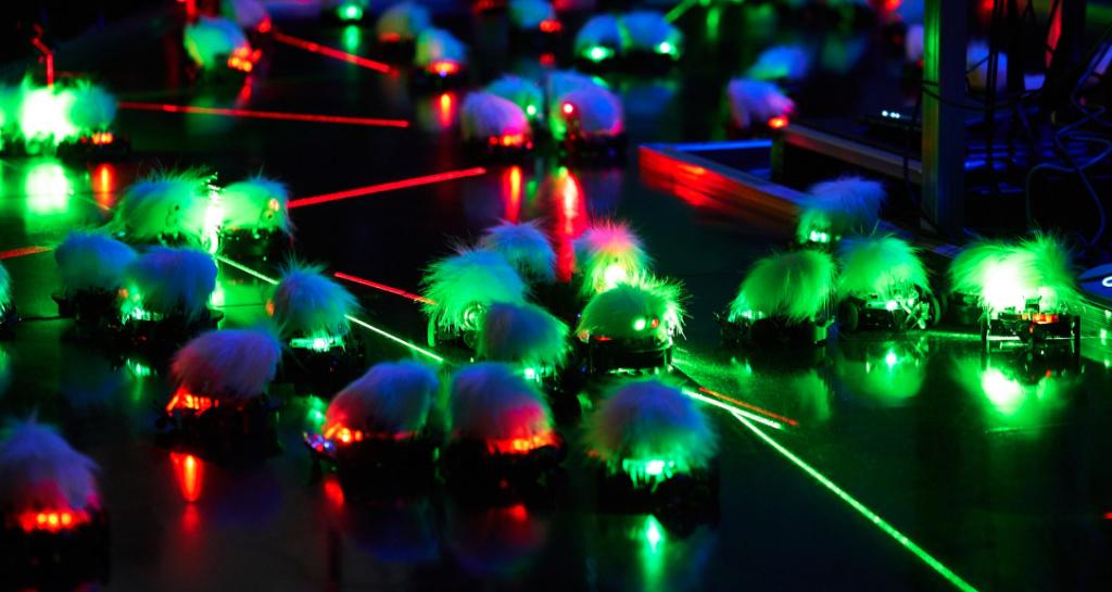 Lasermice dyad, So Kanno (202/21). Photo: Kuroha Masashi